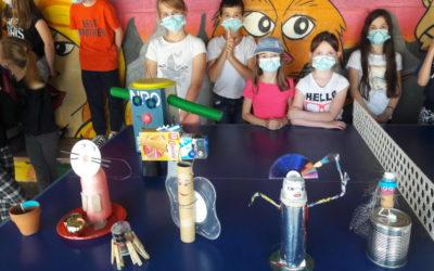 Sculptures avec déchets recyclables en classe de CE2/CM1